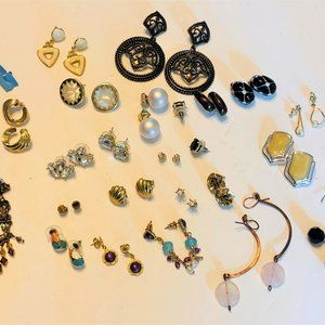 Pierced Earring Fashion Lot of 24 Pair Gold Silver